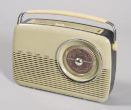 RADIO PORTATIL BUSH, 1950