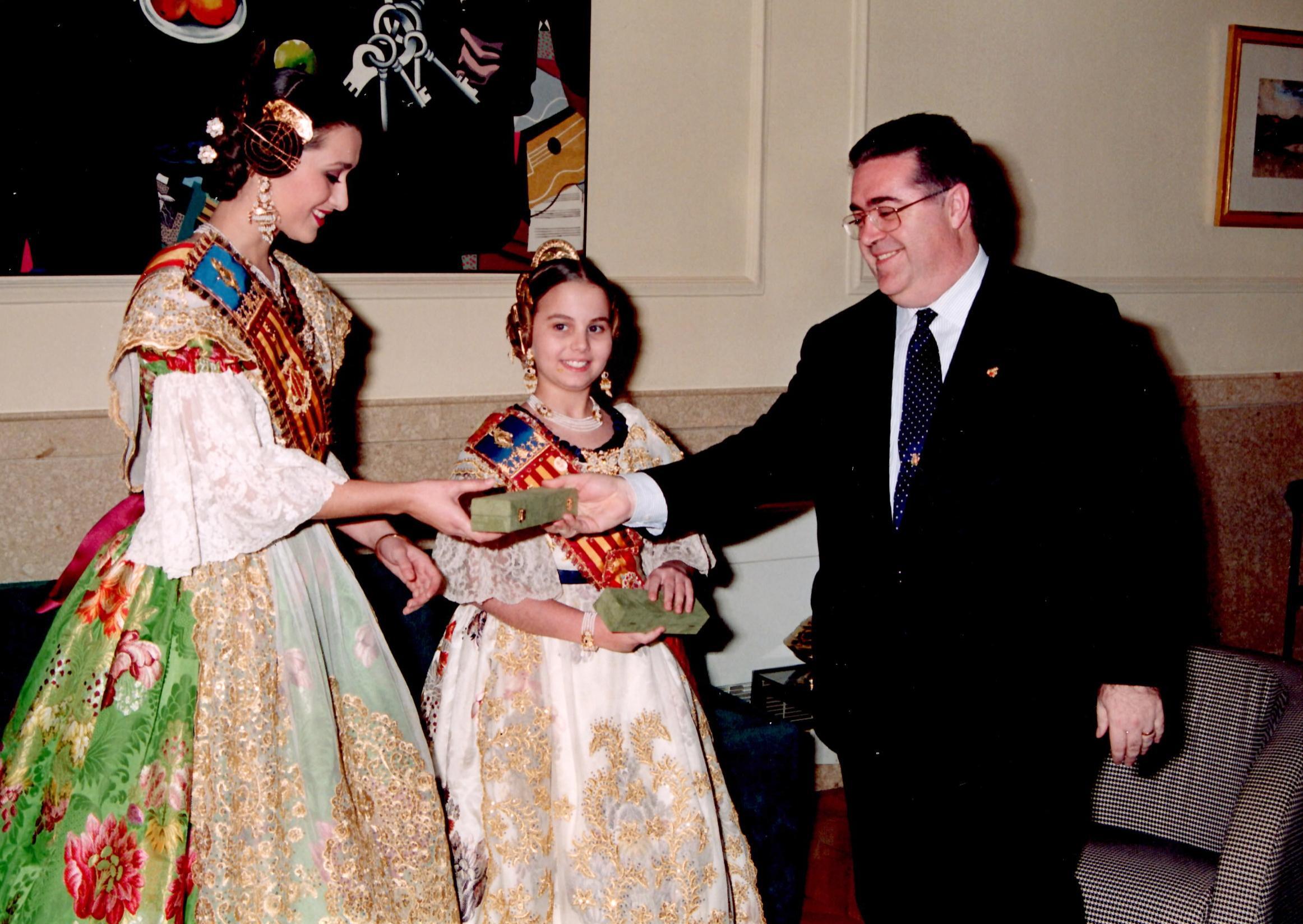 Lucía Andrés Zarapico FMIV 1996